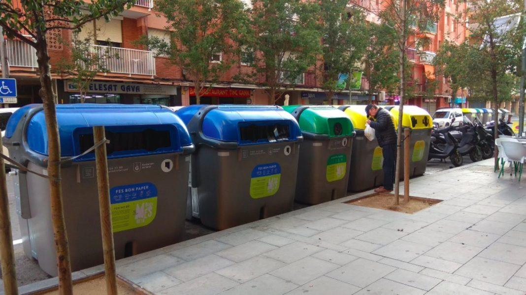 Nuevos contenedores en Gavà. (Foto: El Periódico)