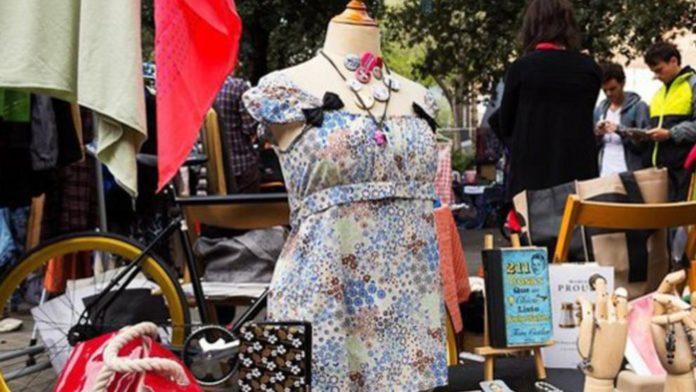 Imagen de uno mercado de segunda mano (LA VANGUARDIA)