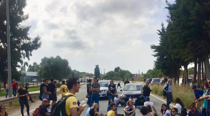 Los independentistas llaman a bloquear el Centro de Control de Aéreo de Gavà.