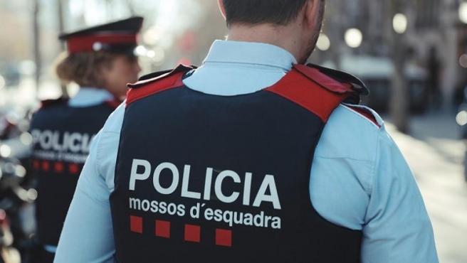 Agente de los Mossos d'Esquadra. Foto: Mossos d'Esquadra.