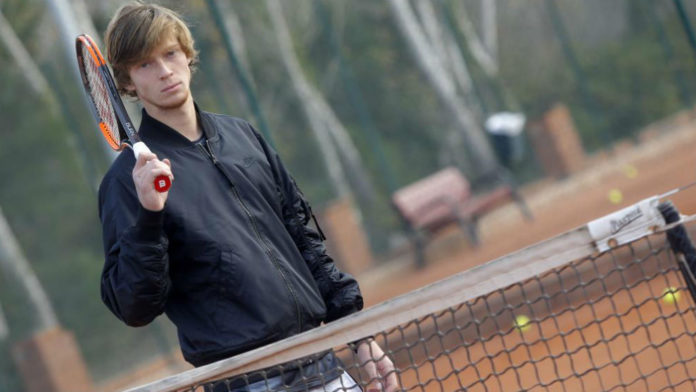 Andrey Rublev en la Academia 4 Slam Tennis de Gavà. Foto: Francesc Adelantado