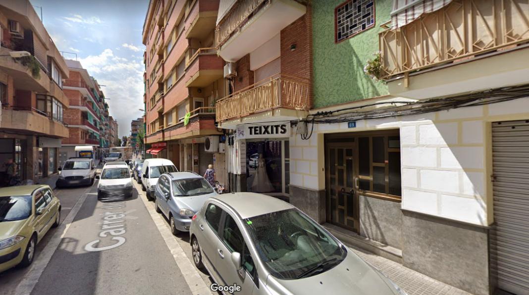 Calle Montflorit, número 89, donde la Guardia Civil ha hecho el registro.