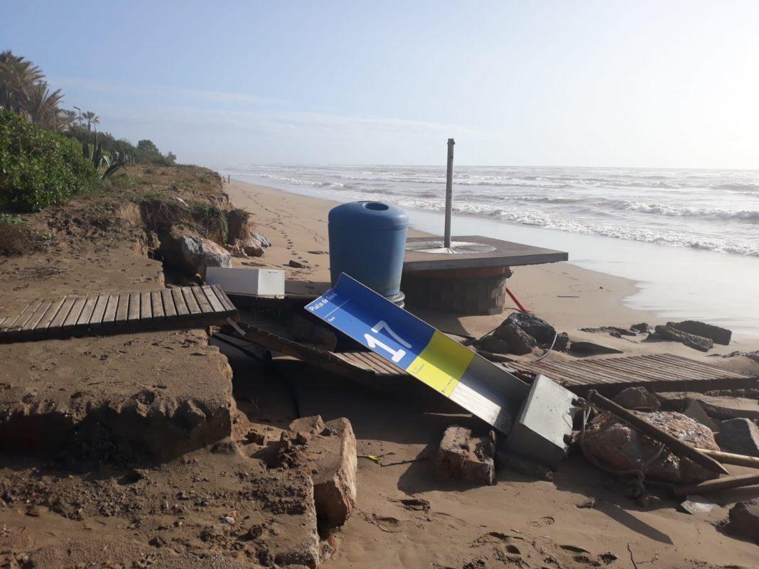 Desperfectos en la playa de Gavà. Foto: Ayuntamiento de Gavà.