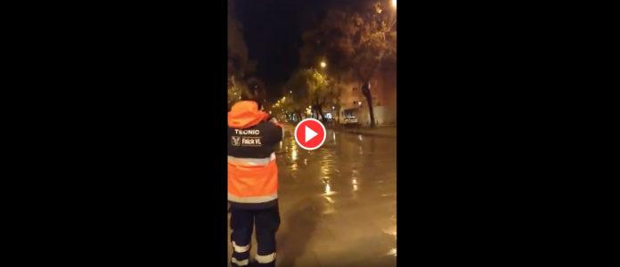 El emito aplauso a unas sanitarias en Gavà. (vídeo abajo)