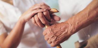 Se contacta telefónicamente de manera personalizada con todo el colectivo de personas mayores para ofrecerles apoyo si lo necesitan.