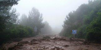 Gran deslizamiento de tierra en la caretera Gavà - Begues.