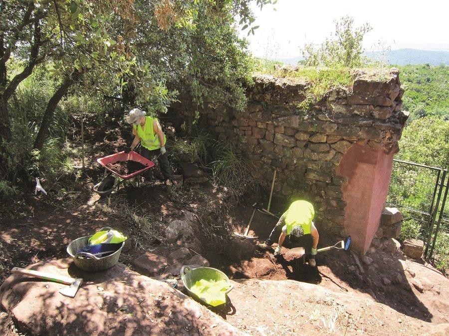 Restauración en el castillo. Foto: Ayuntamiento de Gavà.