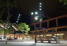 Plaza Jaume Balmes de noche. Foto: Ayuntamiento de Gavà.