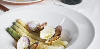 Espárragos de Gavà con almejas. Foto: Anhel Restaurant.