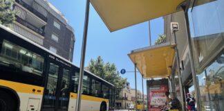 Un bus L97 en la carretera Santa Creu de Calafell.