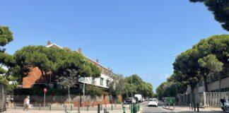 Calle Calafell junto a la salida de la calle Palafrugell.