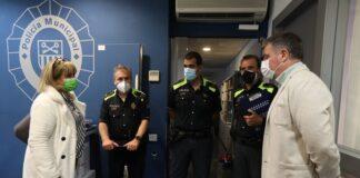 Visita a la Comisaría de la Policía Municipal donde ha sido presentado. Foto: Ayuntamiento de Gavà.